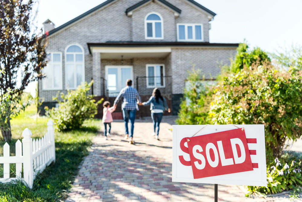 Buying Real Estate: 3 Ways to Determine If Its a Buyer's Market